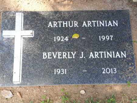 ARTINIAN, BEVERLY J. - Los Angeles County, California | BEVERLY J. ARTINIAN - California Gravestone Photos