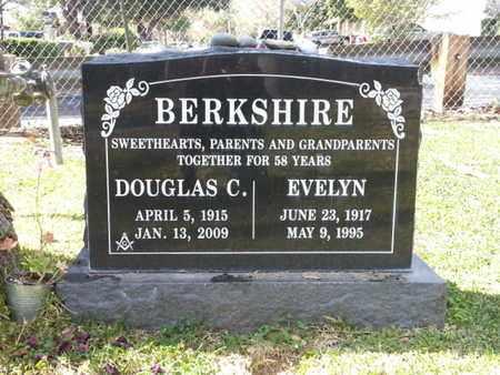 BERKSHIRE, DOUGLAS - Los Angeles County, California | DOUGLAS BERKSHIRE - California Gravestone Photos