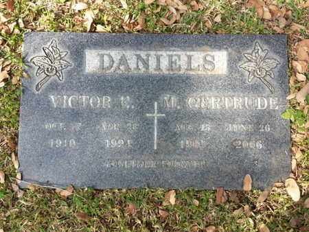 DANIELS, M. GERTRUDE - Los Angeles County, California | M. GERTRUDE DANIELS - California Gravestone Photos