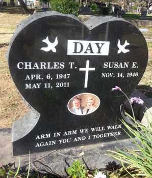 DAY, SUSAN E. - Los Angeles County, California | SUSAN E. DAY - California Gravestone Photos
