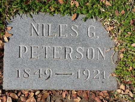 PETERSON, NILES G. - Los Angeles County, California | NILES G. PETERSON - California Gravestone Photos