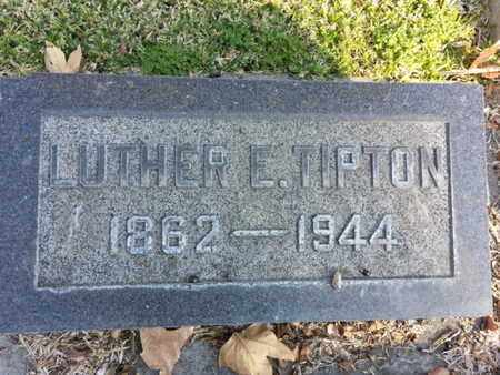 TIPTON, LUTHER E. - Los Angeles County, California | LUTHER E. TIPTON - California Gravestone Photos