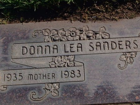 YOUNGER SANDERS, DONNA LEA - San Joaquin County, California | DONNA LEA YOUNGER SANDERS - California Gravestone Photos