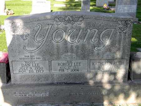YOUNG, ROBERT LEE - Sutter County, California | ROBERT LEE YOUNG - California Gravestone Photos